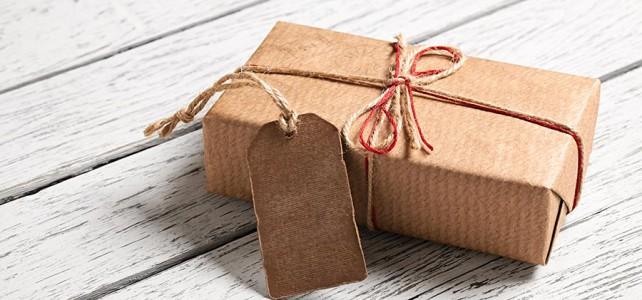 Guldkantade presenter gör alla glada
